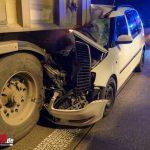 Auto kracht auf A4 bei Mellingen unter LKW – Fahrer schwer verletzt (08.01.2020)